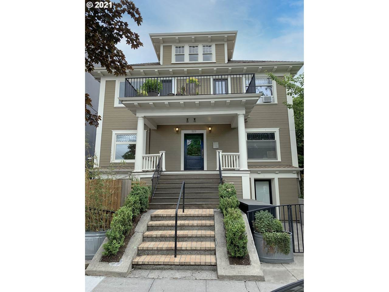 5015 15TH Ave - Photo 1
