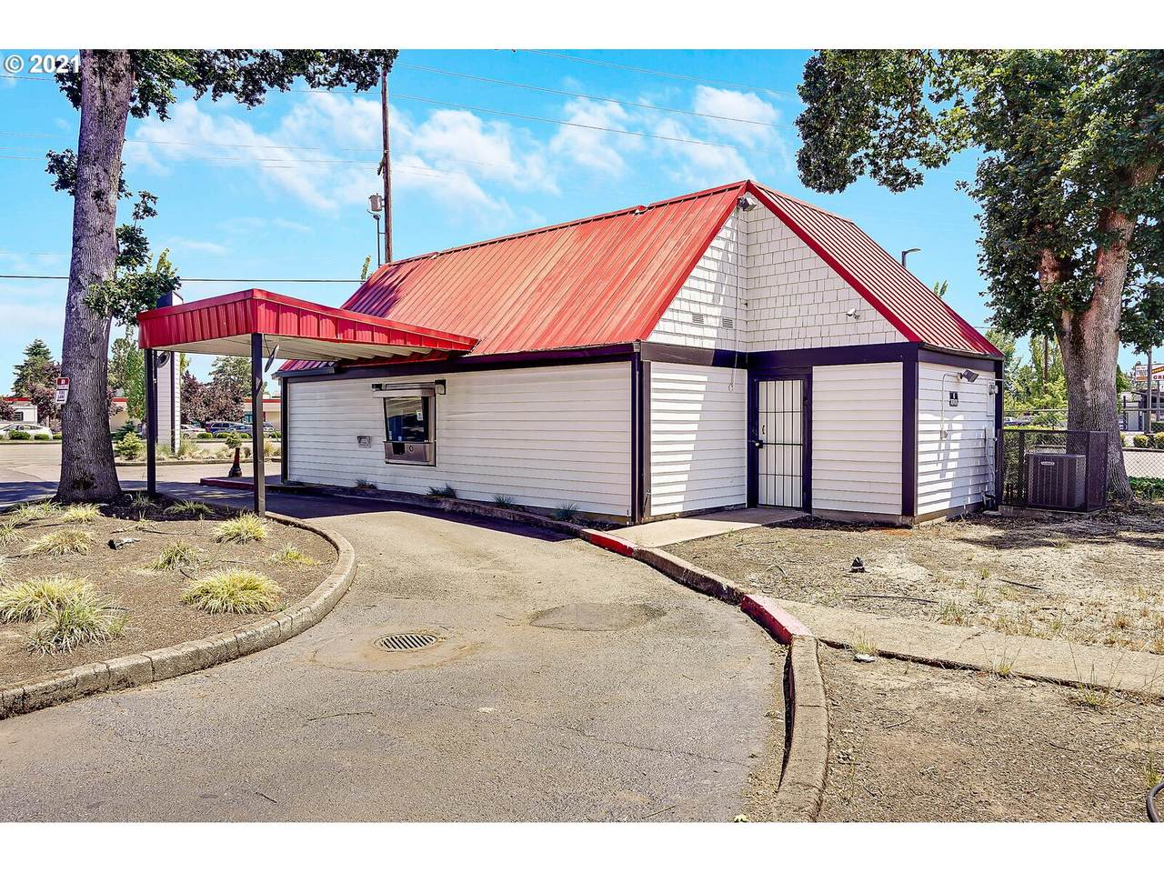 1083 Pacific Hwy - Photo 1