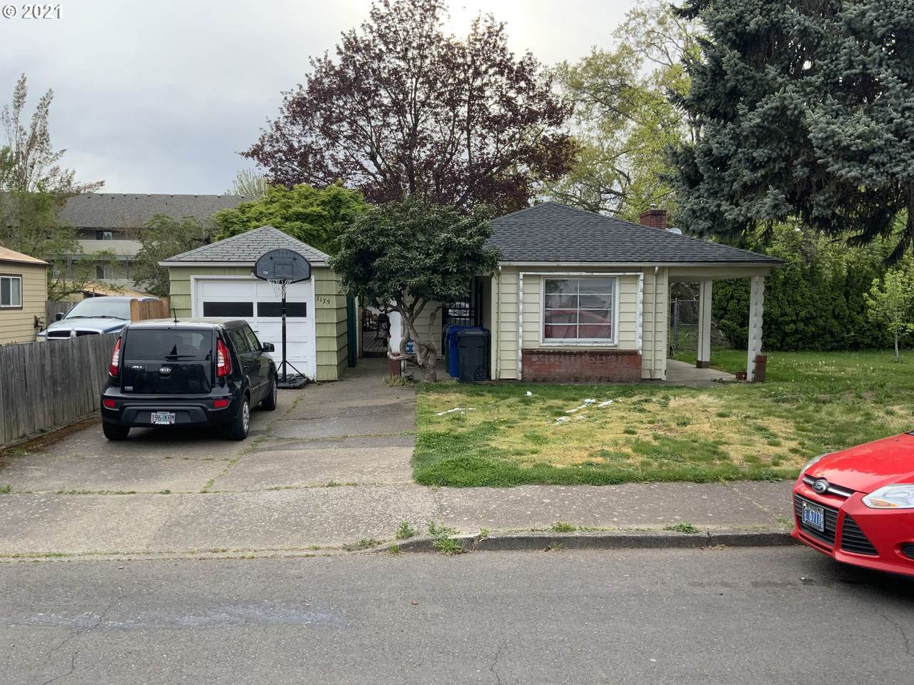 1175 38th Ave - Photo 1