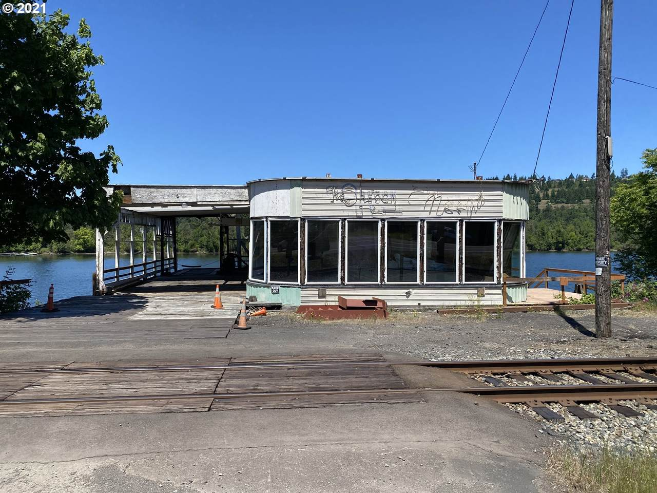 18645 Highway 99E - Photo 1