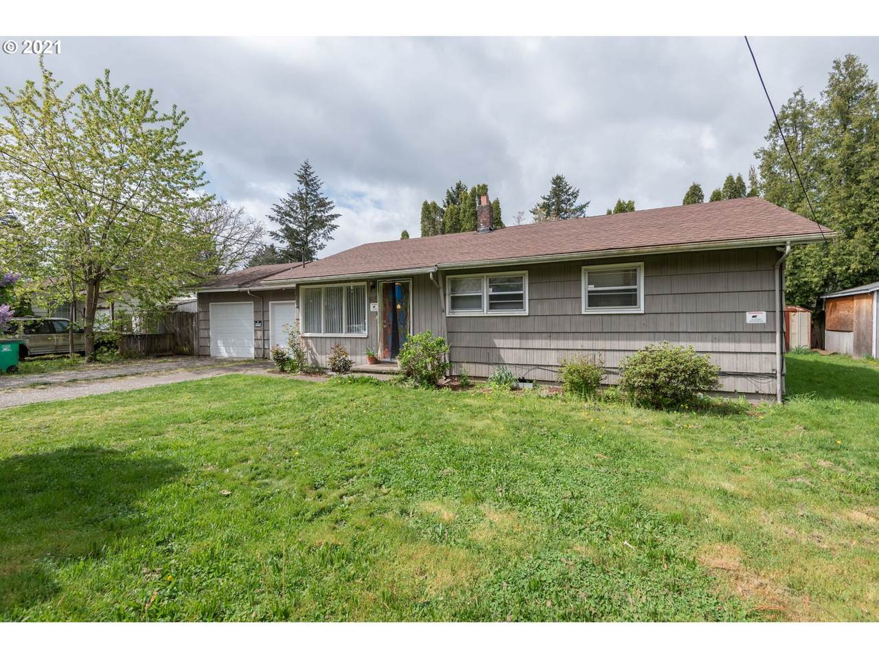 145 120TH Ave - Photo 1