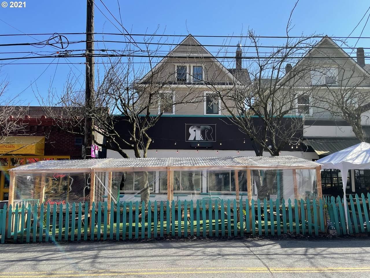 716 21ST Ave - Photo 1