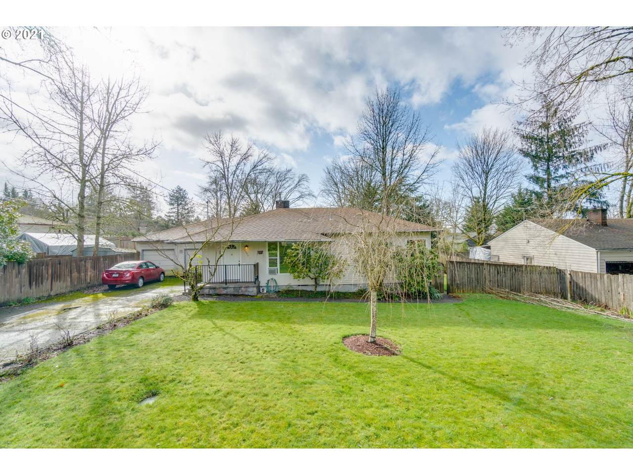 6246 Taylors Ferry Rd - Photo 1