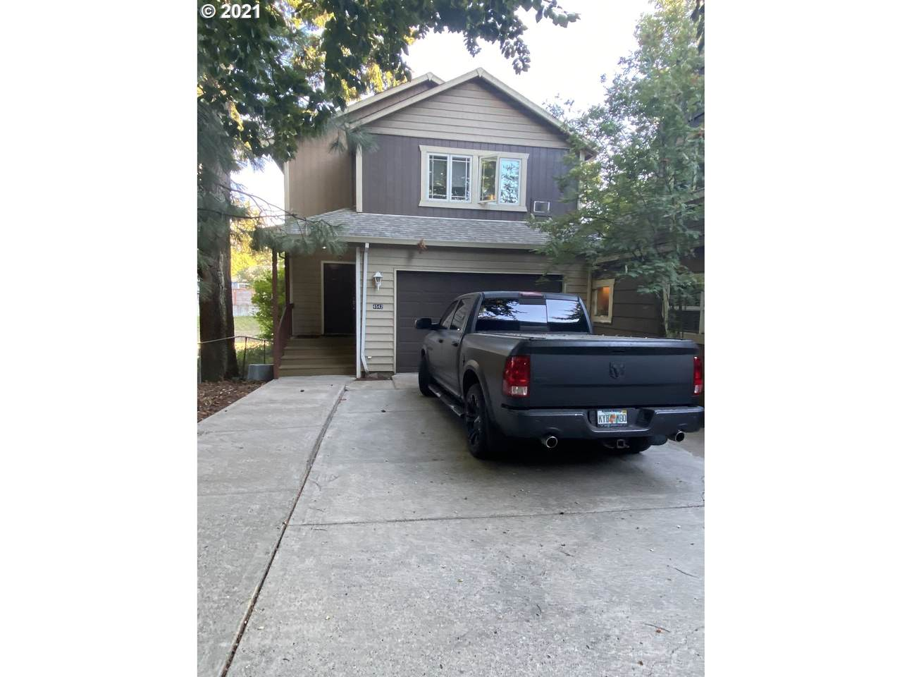 4542 119TH Ave - Photo 1