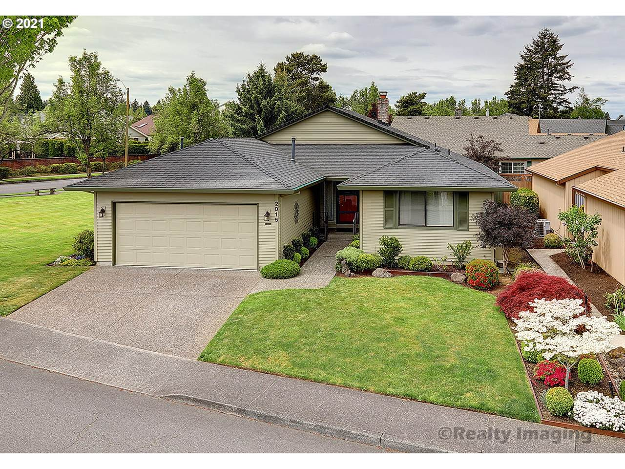 2015 158TH Ave - Photo 1