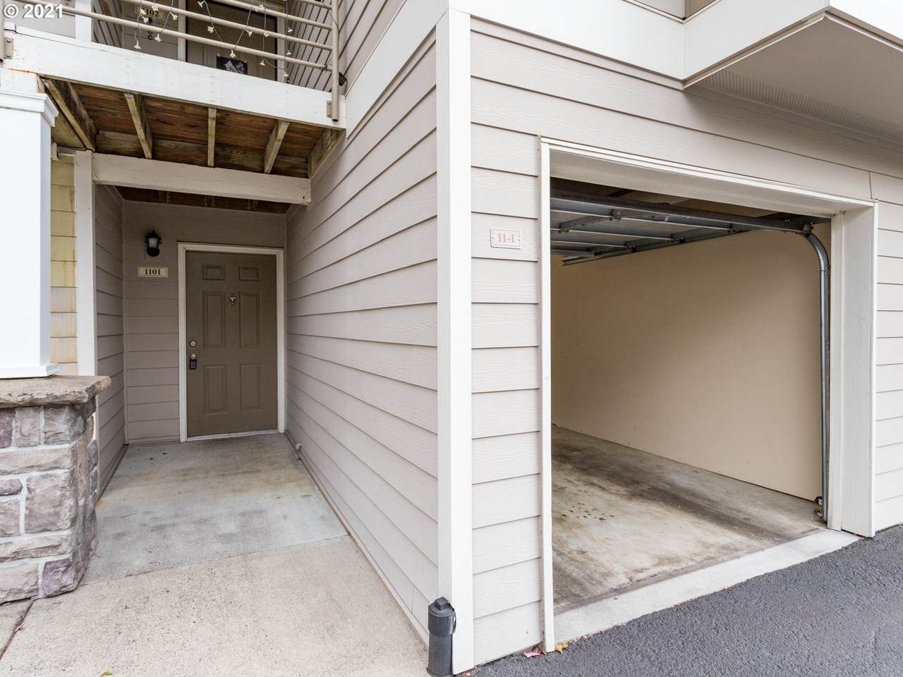 15060 Central Dr - Photo 1