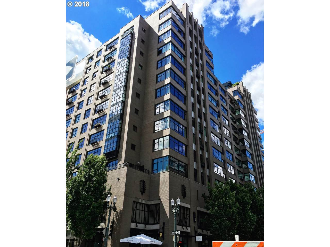 333 9TH Ave - Photo 1