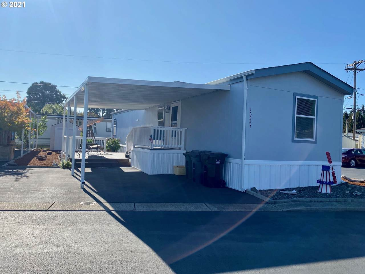16261 80TH Ave - Photo 1