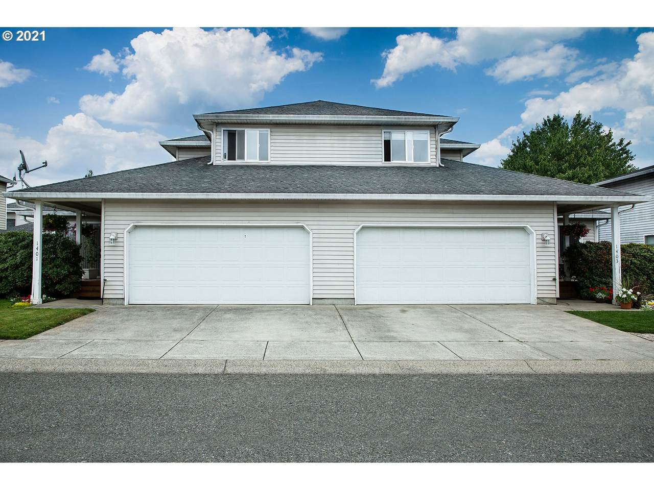 1401 8TH Ave - Photo 1