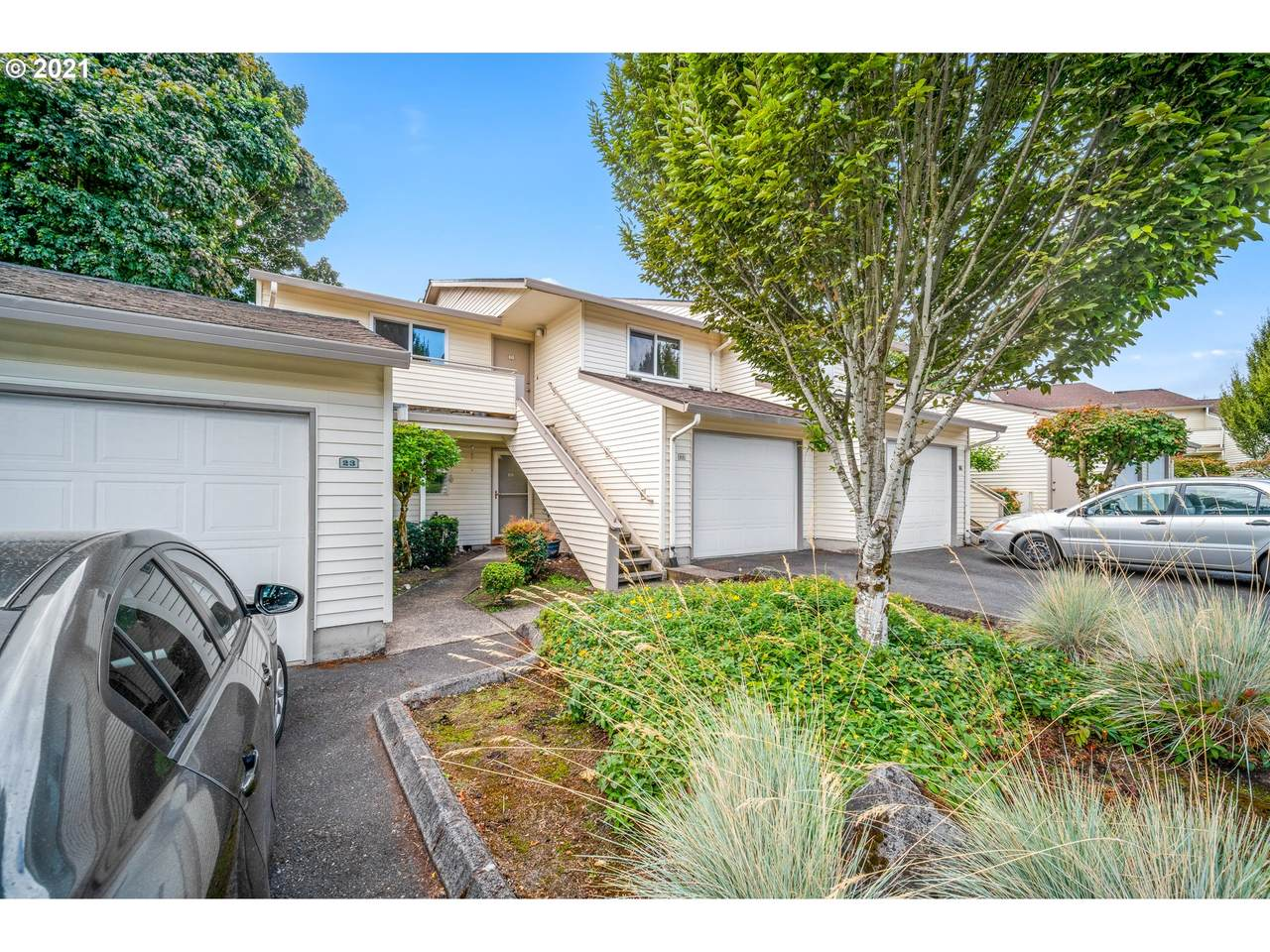 514 157TH Ave - Photo 1