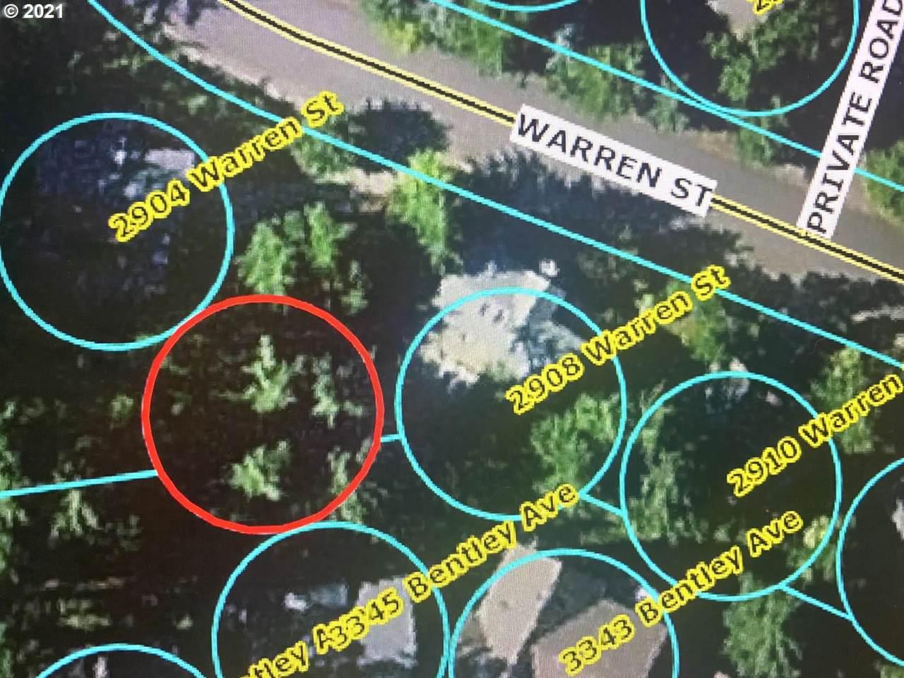 Warren - Photo 1