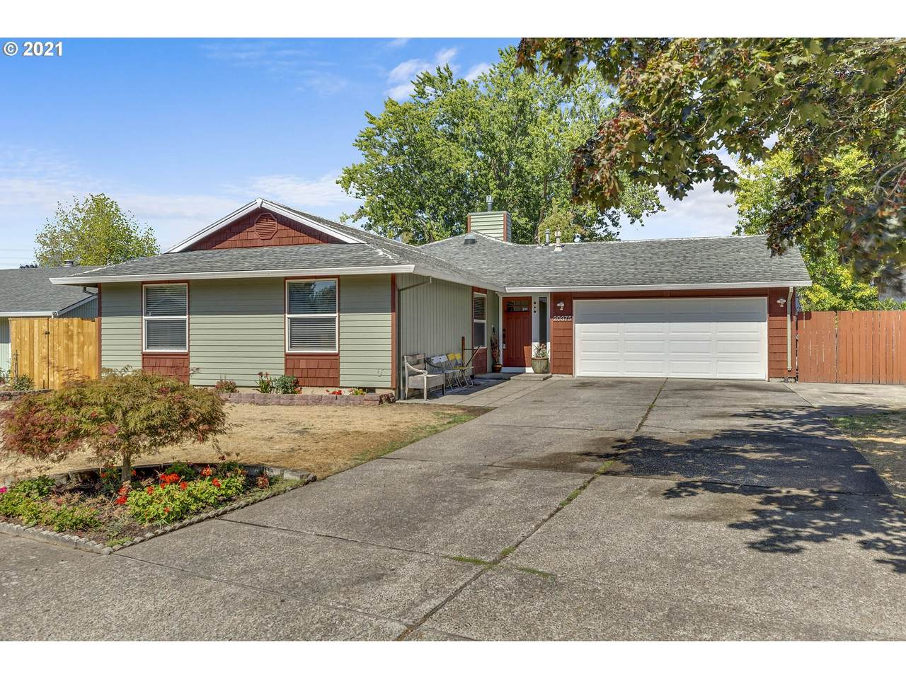 20375 Clarion St - Photo 1