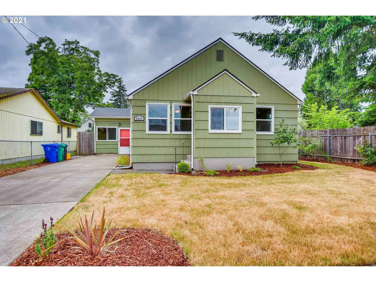 8229 70TH Ave - Photo 1