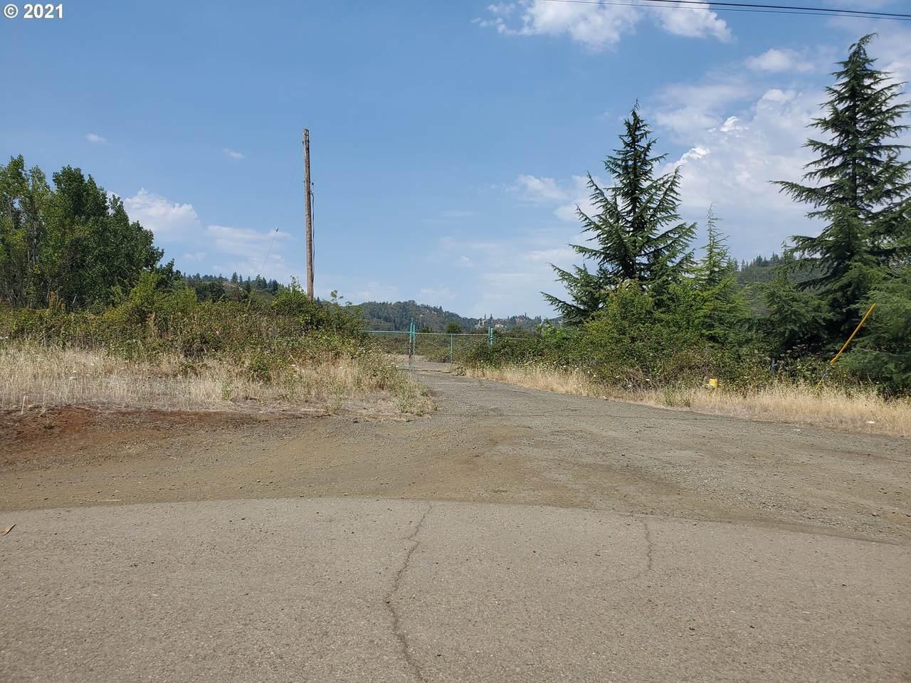 436 Quarry Rd - Photo 1