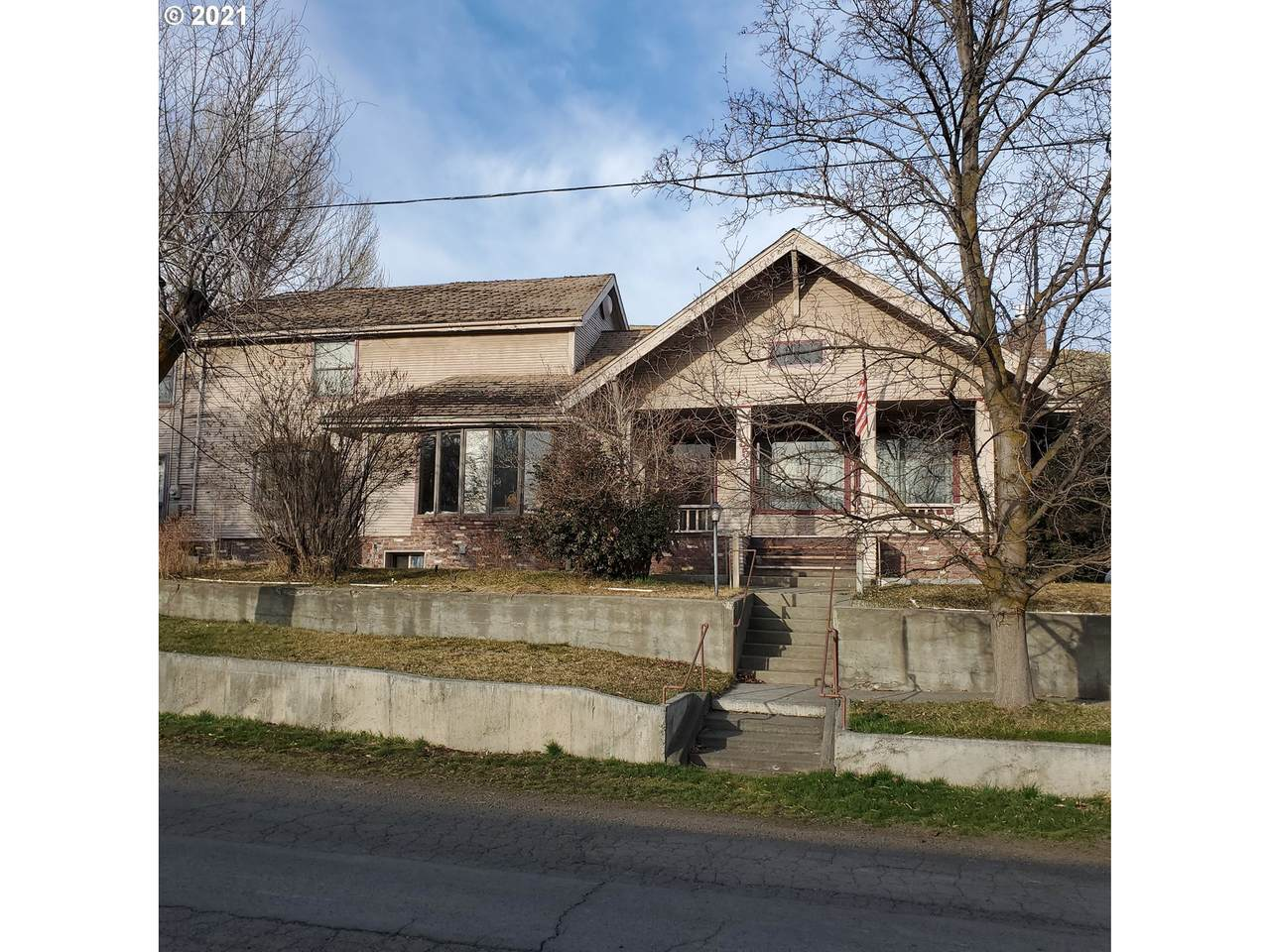 195 Gale St - Photo 1