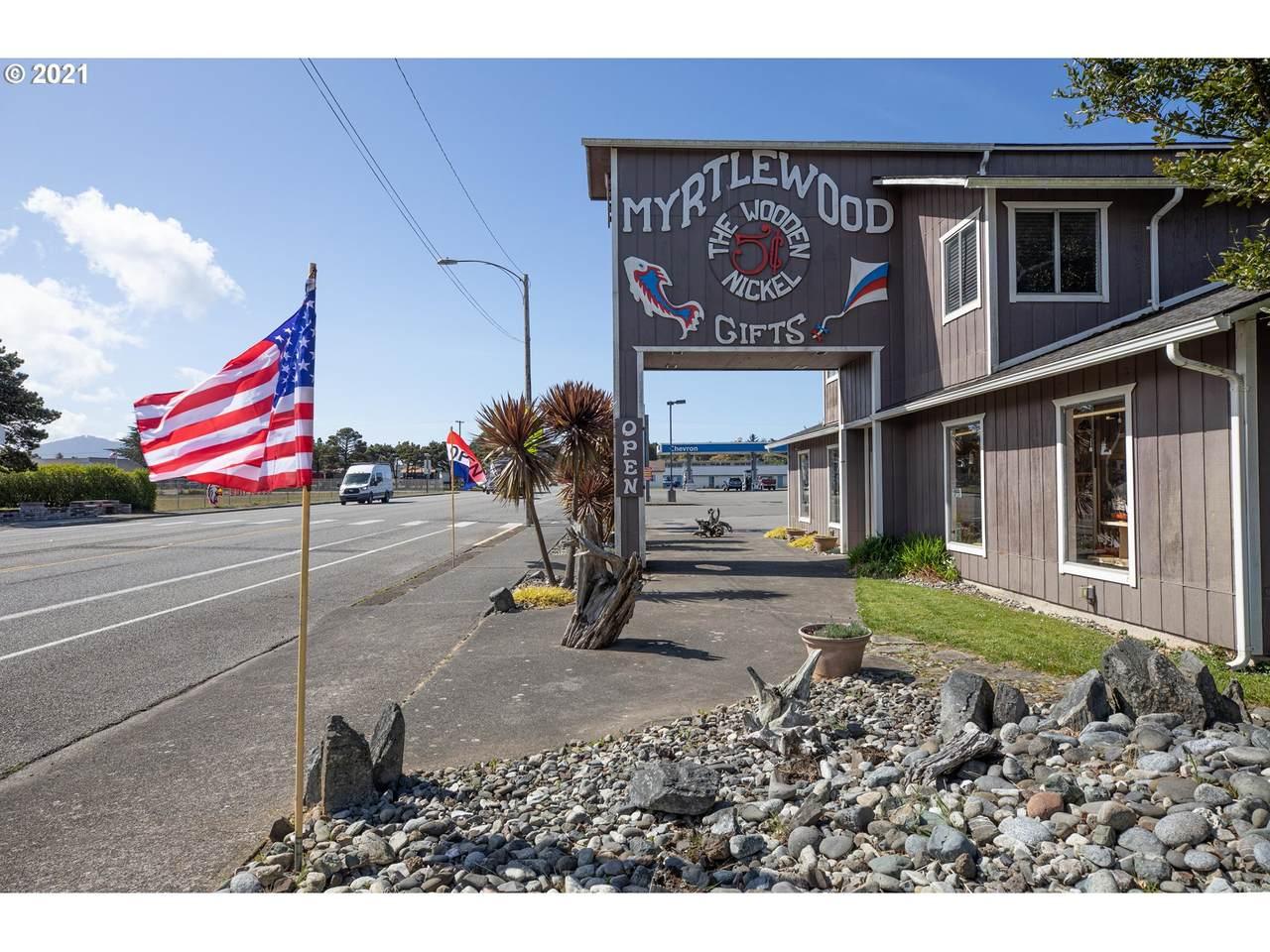 1205 Oregon St - Photo 1