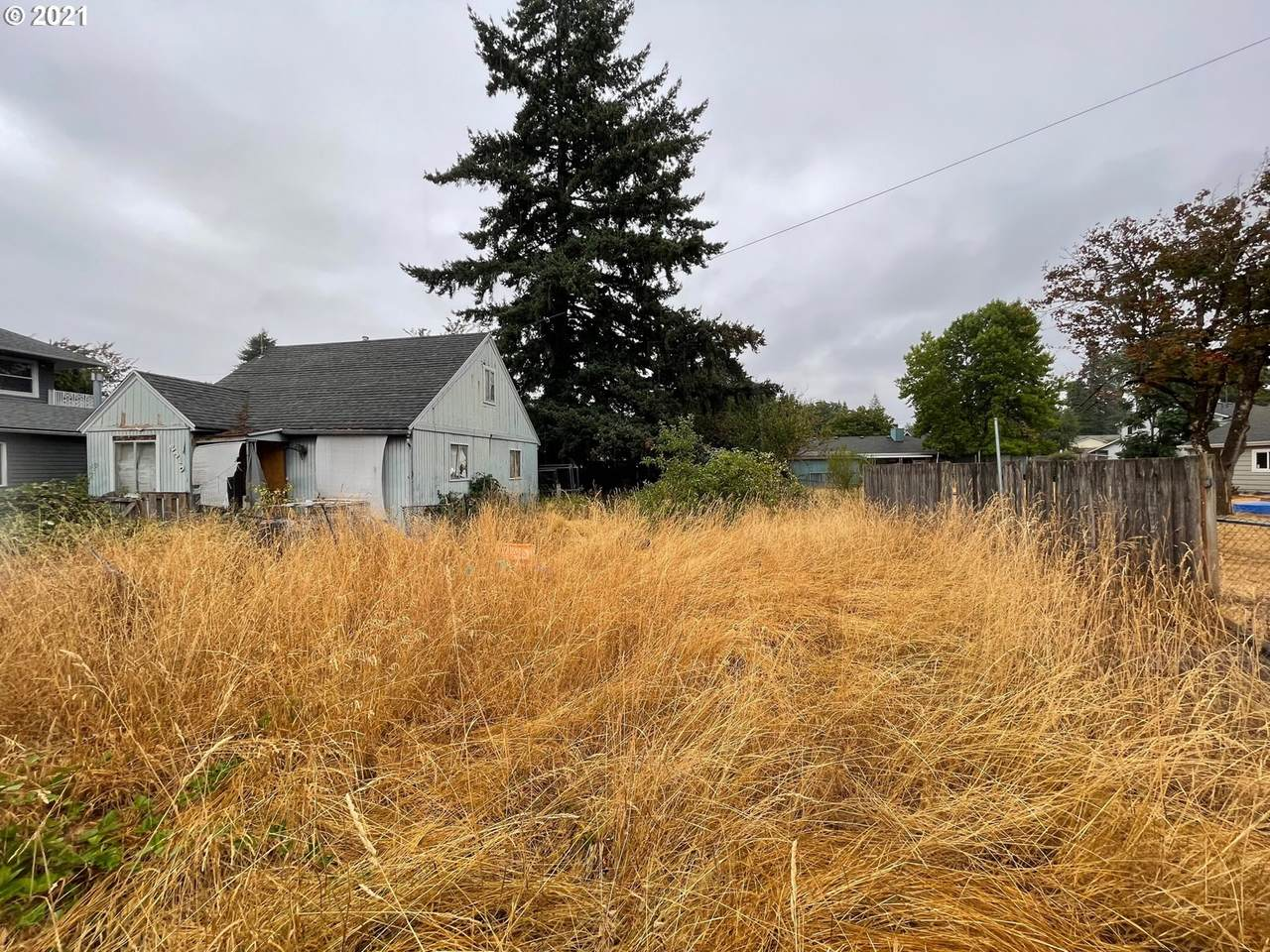 2310 152ND Ave - Photo 1
