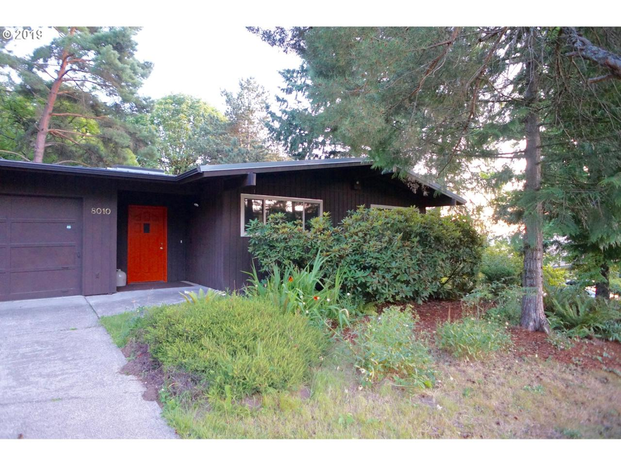8010 Reed Dr - Photo 1