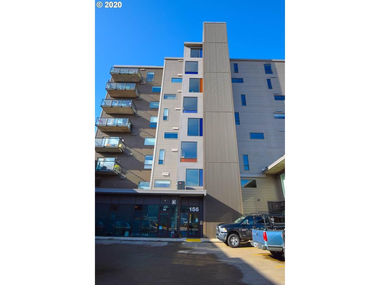 156 Front St Ne - Photo 1