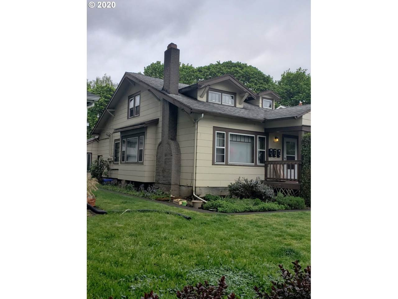 2204 12TH Ave - Photo 1