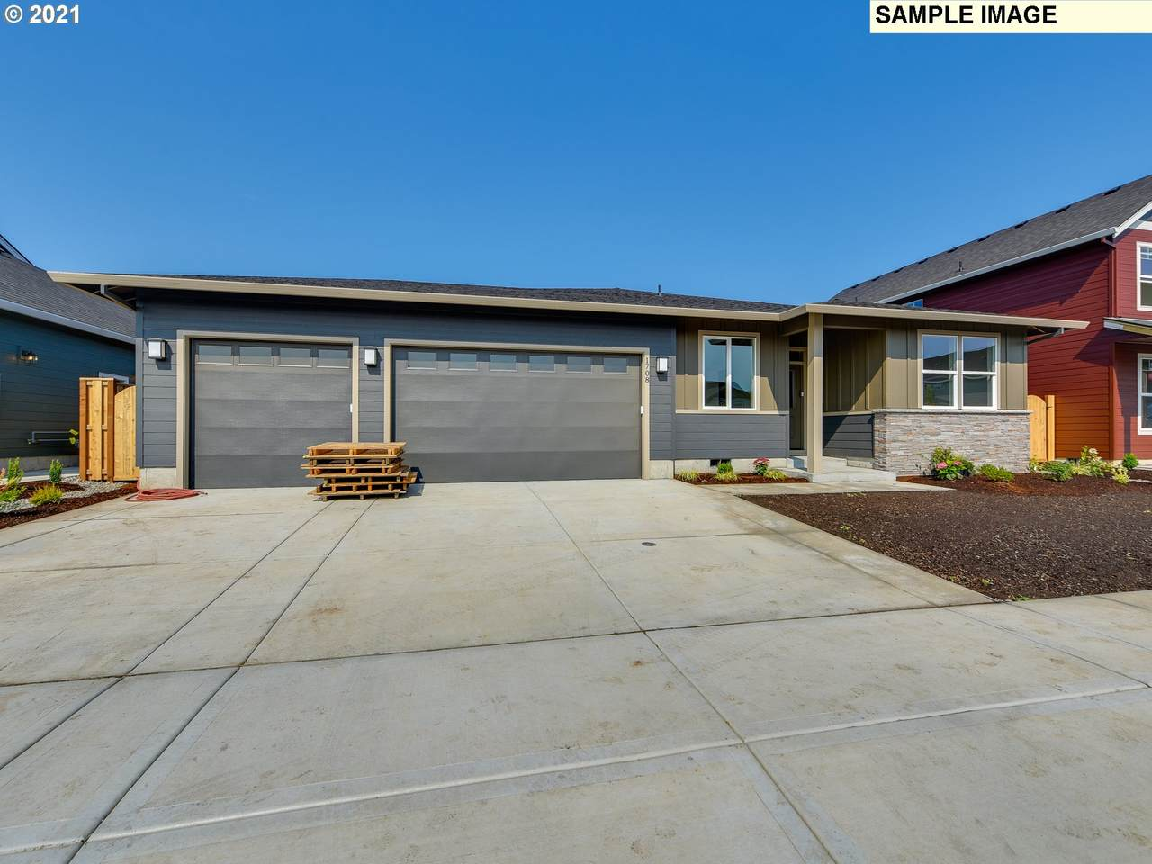 1718 29TH Ave - Photo 1