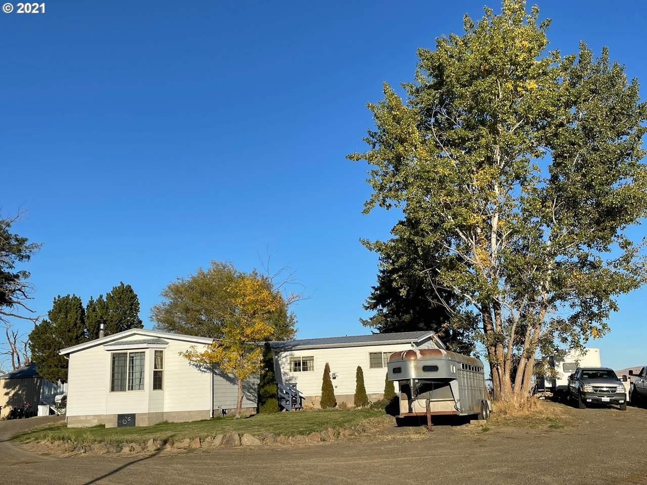 464 Simcoe Mtn Rd - Photo 1