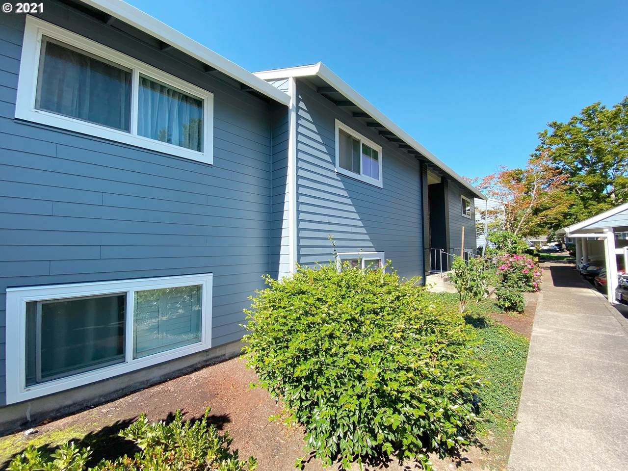 10845 Meadowbrook Dr - Photo 1