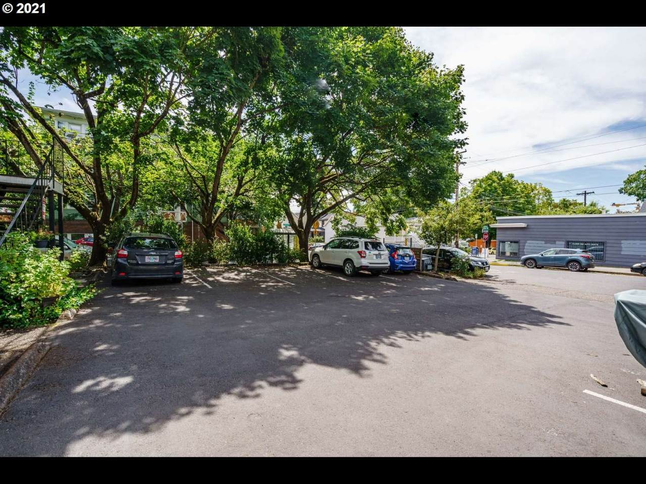 742 16TH Ave - Photo 1