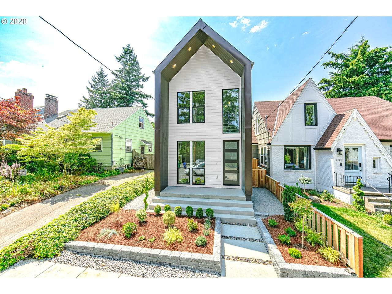 3727 Vancouver Ave - Photo 1