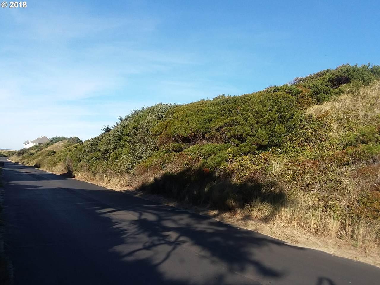 Shoreline Dr - Photo 1
