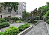 726 11TH Ave - Photo 18