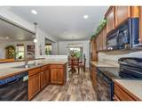 15518 Rainier Ave - Photo 11
