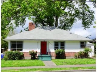 5555 SE Stark St, Portland, OR 97215 (MLS #17020955) :: Portland Real Estate Group