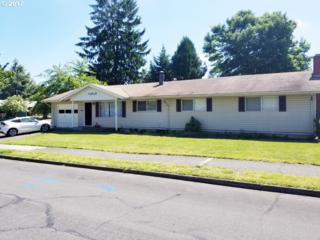 17812 NE Multnomah Dr, Portland, OR 97230 (MLS #17053402) :: TLK Group Properties