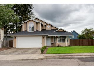 1326 SE 10TH Ave, Canby, OR 97013 (MLS #17084897) :: Fox Real Estate Group