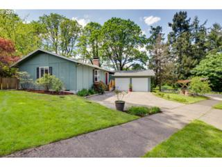 1010 Hallinan St, Lake Oswego, OR 97034 (MLS #17274052) :: Fox Real Estate Group