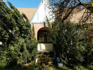 7704 SW Capitol Hill Rd, Portland, OR 97219 (MLS #17431622) :: TLK Group Properties