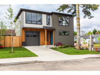 7033 NE Hassalo St, Portland, OR 97213 (MLS #17460510) :: Stellar Realty Northwest