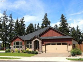 302 SE 13TH Pl, Canby, OR 97013 (MLS #17619305) :: Fox Real Estate Group