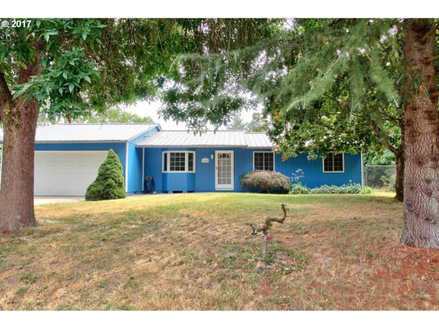 1764 NE 17TH Ave, Hillsboro, OR 97124 (MLS #17001896) :: Next Home Realty Connection