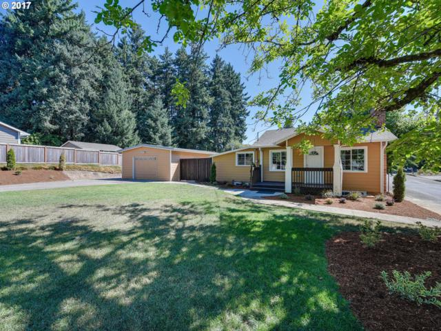 10592 SE 55TH Ave, Milwaukie, OR 97222 (MLS #17006570) :: HomeSmart Realty Group Merritt HomeTeam