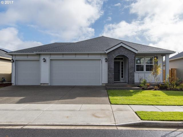 807 SW 4TH Ave, Battle Ground, WA 98604 (MLS #17007287) :: Matin Real Estate