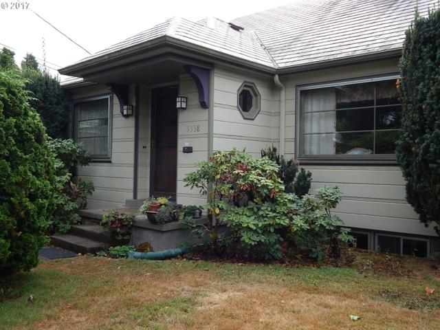 3338 SE Harrison St, Portland, OR 97214 (MLS #17008917) :: Hillshire Realty Group