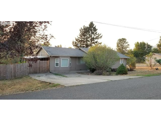 181 SW Newton Dr, Winston, OR 97496 (MLS #17009351) :: Change Realty