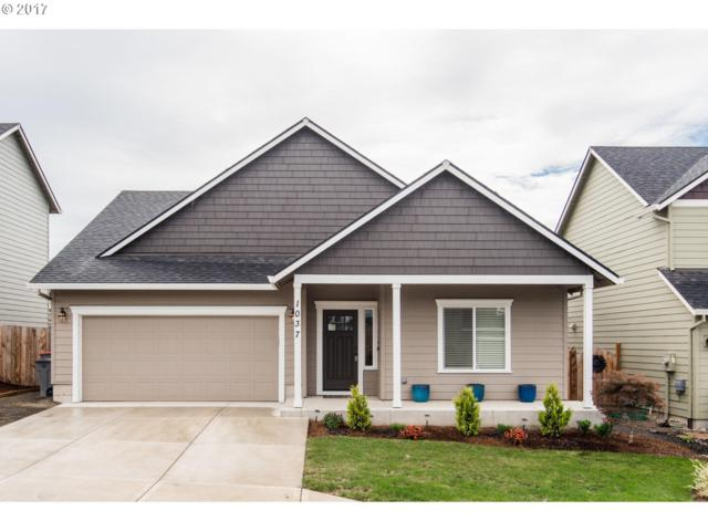 1037 E 16TH St, Lafayette, OR 97127 (MLS #17019006) :: Hatch Homes Group
