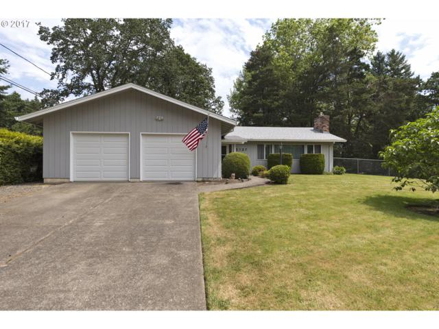 5137 SE Oakland Ave, Milwaukie, OR 97267 (MLS #17022064) :: Matin Real Estate
