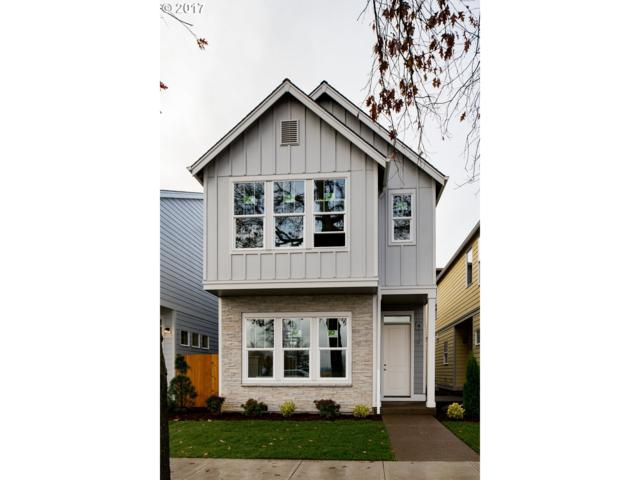 11554 SW Barber St, Wilsonville, OR 97070 (MLS #17022281) :: Beltran Properties at Keller Williams Portland Premiere