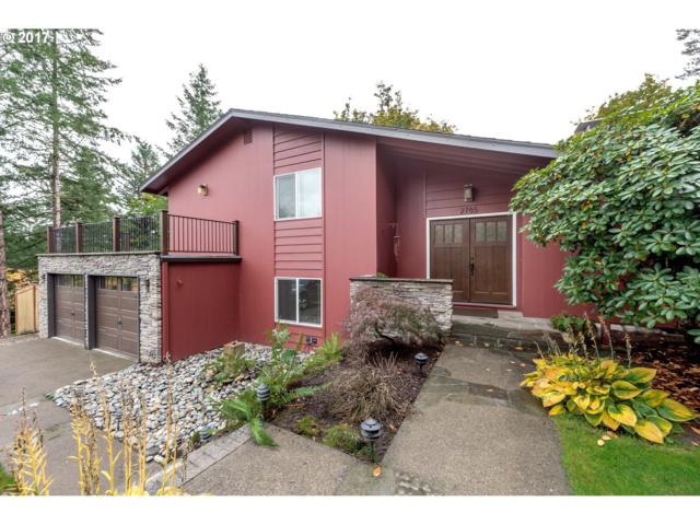 2785 SW Scenic Dr, Portland, OR 97225 (MLS #17023644) :: The Reger Group at Keller Williams Realty