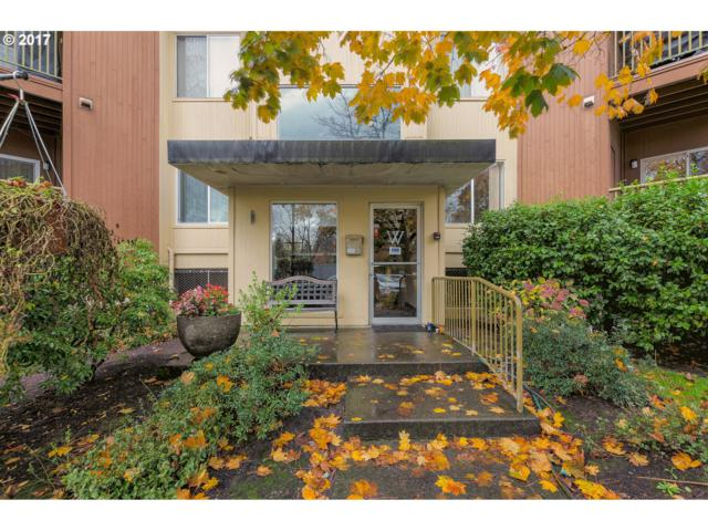 8720 SW Tualatin Rd #117, Tualatin, OR 97062 (MLS #17029290) :: The Reger Group at Keller Williams Realty