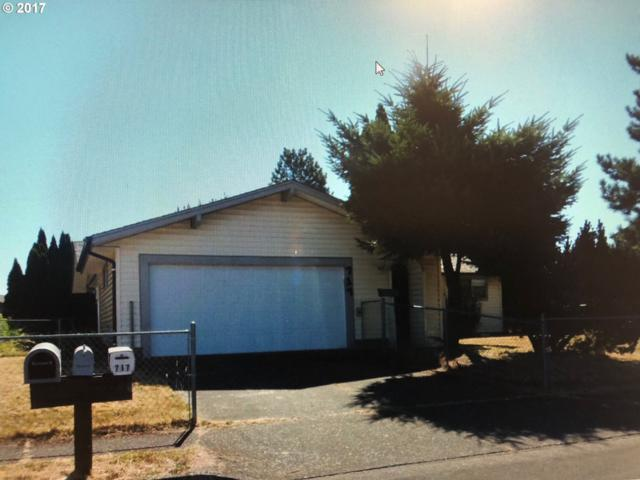 717 52ND Pl, Springfield, OR 97478 (MLS #17048518) :: The Reger Group at Keller Williams Realty